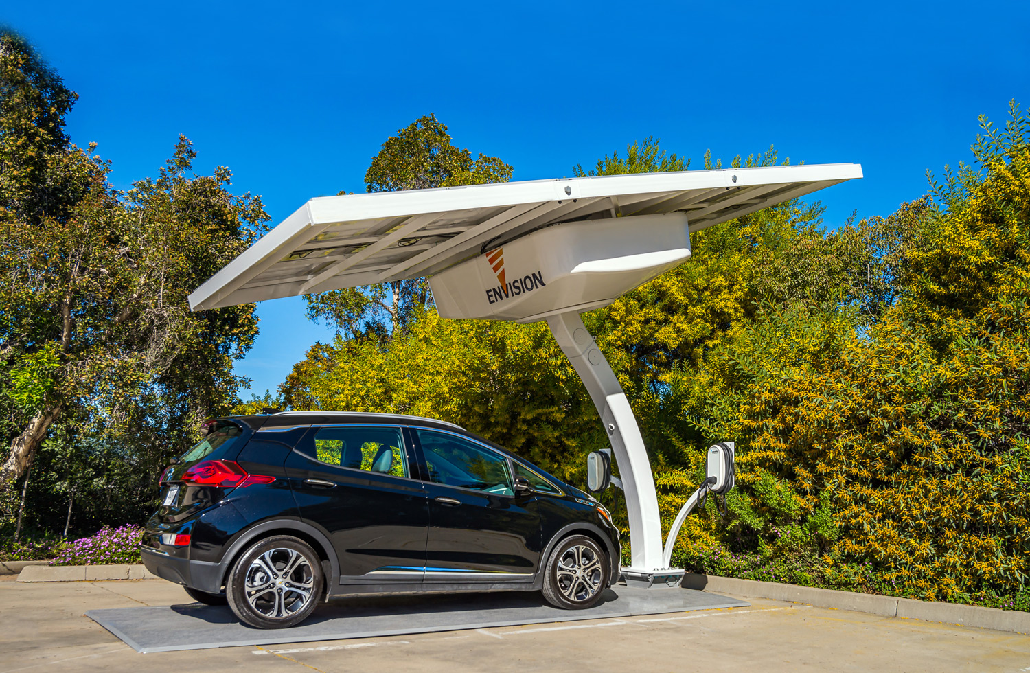 Electric Vehicle Off-Grid